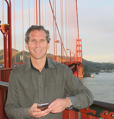 Mike at golden gate bridge messaging customer service