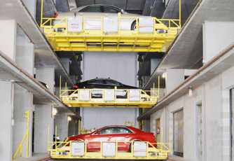 Vehicle storage vendor garage carrying 3 vehicles